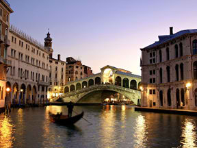 Romance & Culture a Premium Class Romantic Getaway or Honeymoon Tour through Italy 2018